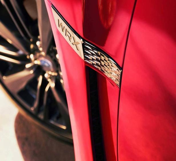 Das WRX-Emblem seitlich auf dem Subaru WRX