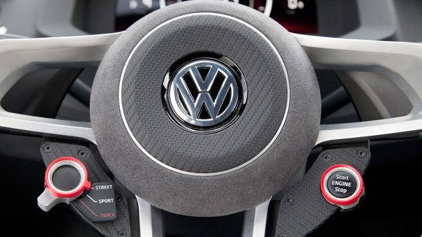 _VW-Design-Vision-GTI--Lenkrad