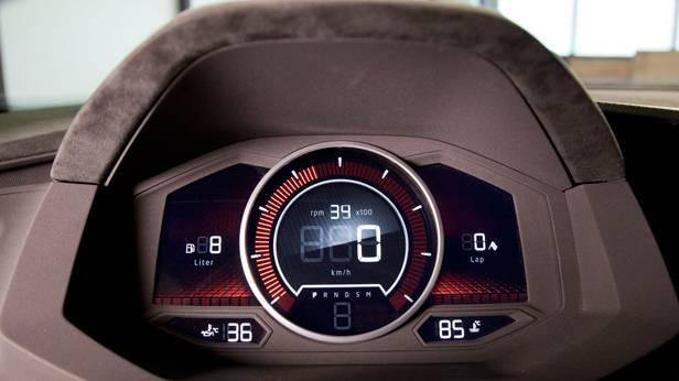 _VW-Design-Vision-GTI--cockpit