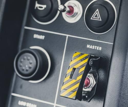 vuhl 05 roadster ecoboost weiß schalter hebel innen cockpit