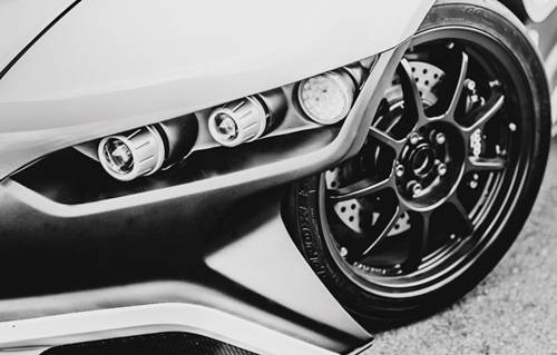 vuhl 05 roadster ecoboost weiß scheinwerfer felge detail vorne