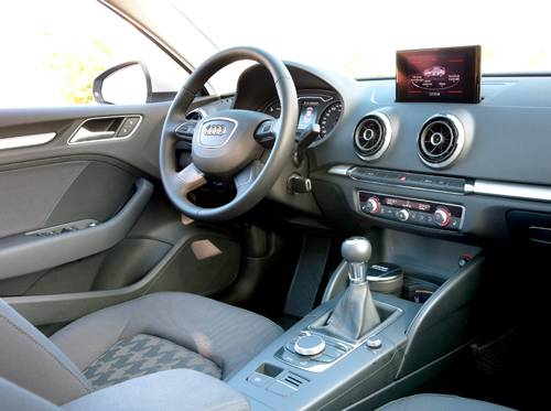 fahrbericht audi a3 limousine 2 0 tdi attraction im test. Black Bedroom Furniture Sets. Home Design Ideas