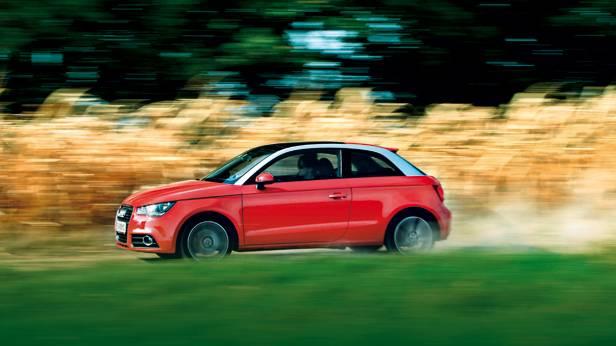 Audi A1 1,4 TFSI S-tronic Ambition seite vorne front dynamisch