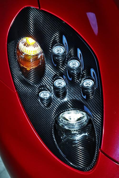 Alfa Romeo 4C 2014 rot scheinwerfer