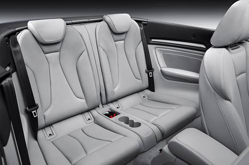 audi a3 cabrio 2014 blau rückbank hinten innenraum
