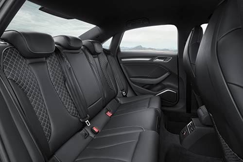 _autorevue-vorstellung-Audi-S3-Limousine-rueckbank