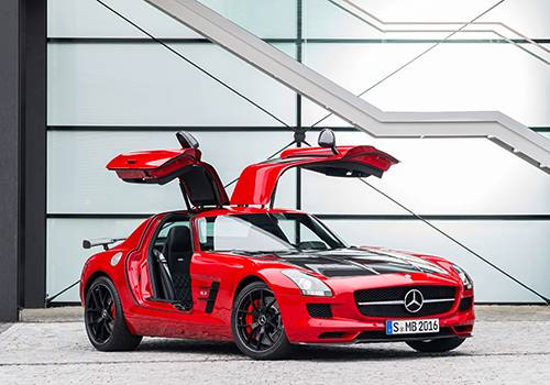 Mercedes-Benz SLS AMG GT Final Edition rot vorne fluegeltueren