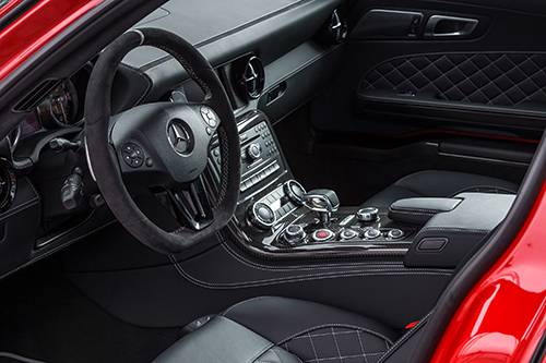 Mercedes-Benz SLS AMG GT Final Edition rot innenraum interior cockpit