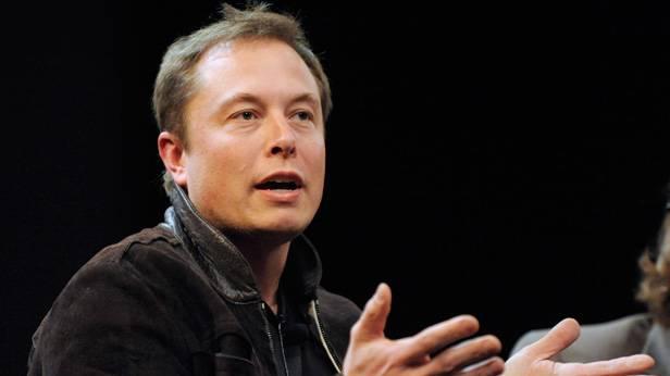 Elon Musk, Chef von Tesla Motors