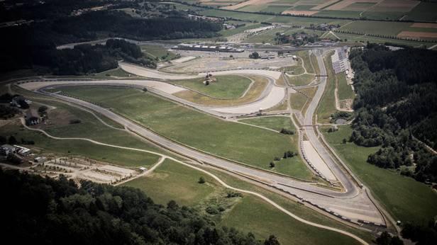 Luftaufnahme vom Spielbergring in Österreich