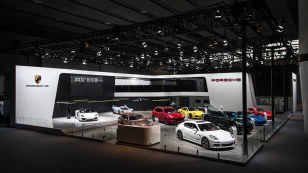 Der Porsche-Stand bei der Auto Guangzhou 2013