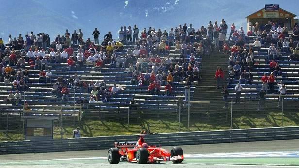 Michael Schumacher im Ferrari auf dem Spielberg-Ring 2003