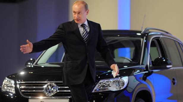 Vladimir Putin bei der Eröffnung des Volkswagen Werks in Kaluga, Russland