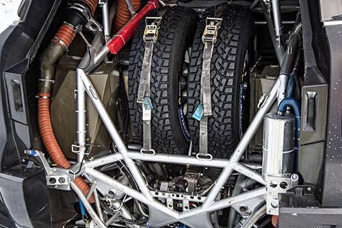 mini all4 racing dakar 2014 ersatzreifen hinten kofferraum