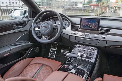audi a8 2014 facelift innen innenraum cockpit