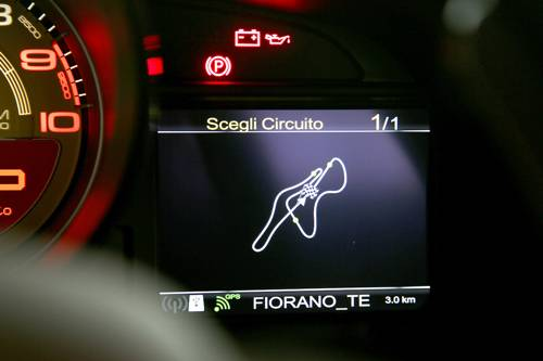 ferrari 458 speciale rot 2014 display anzeige