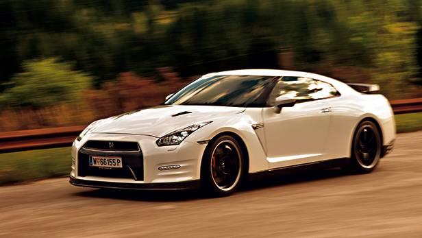 Nissan GT-R 2013 Premium Pack vorne seite front