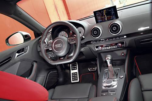 Audi S3 Sportback 2014 weiß innen innenraum cockpit armaturen
