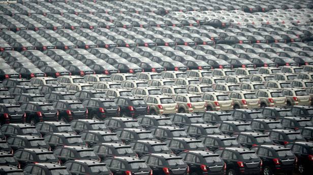 Autos vor der Auslieferung in China