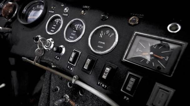 Armaturen der Citroen DS V6