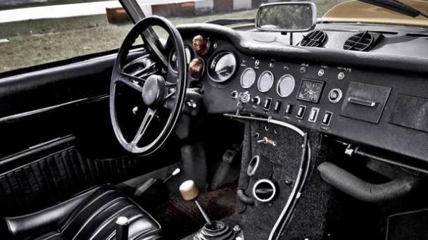 Die Citroen DS V6 innen