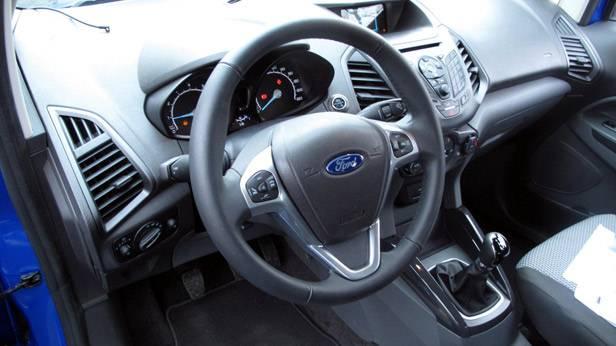 _Ford-Ecosport-1-innen