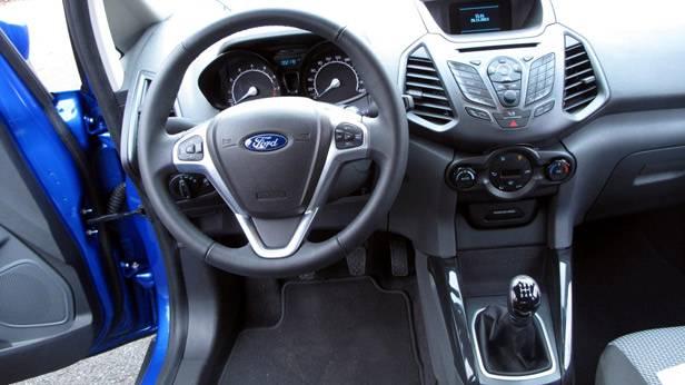 _Ford-Ecosport-1-innen2