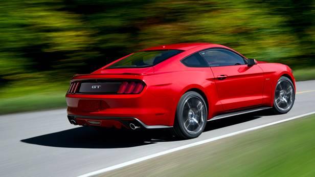 Der Ford Mustang 2014, von hinten