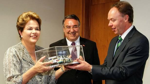 Ian Robertson mit der brasiliansichen Präsidentin Dilma Rousseff