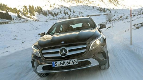 _Mercedes-Benz-GLA-220-CDI-braun-front-5