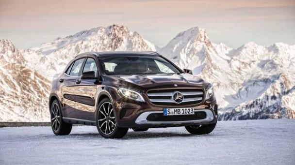 _Mercedes-Benz-GLA-220-CDI-braun-front