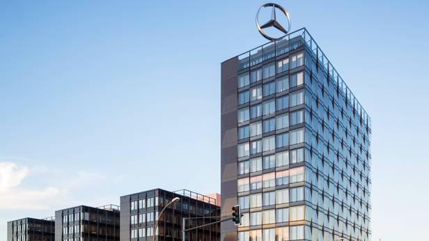 Die Mercedes Benz Zentrale in Berlin.