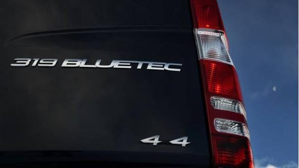 _Mercedes-Sprinter-Vito-4x4-rucklicht