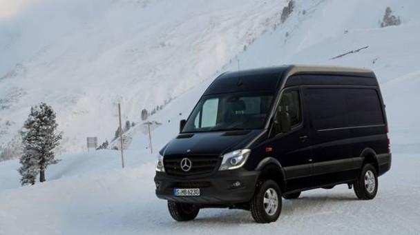 _Mercedes-Sprinter-Vito-4x4-schneefahrbahn-seitlich7