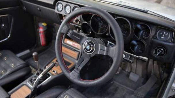 Innenraum des Nissan Skyline 2000 GT-R