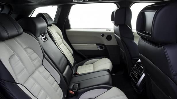 Die Rückbank des Range Rover Sport SD V8