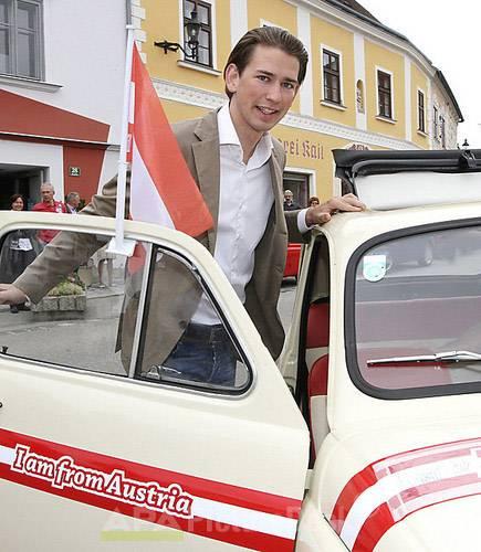 Sebastian Kurz wird Außenminister Michael Spindelegger wird Finanzminister Geilomobil schwarz macht geil Hummer H2