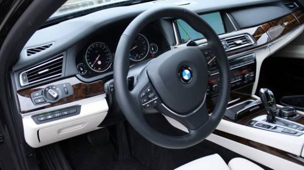 _Vergleichstest-BMW-750-Li-vorne1