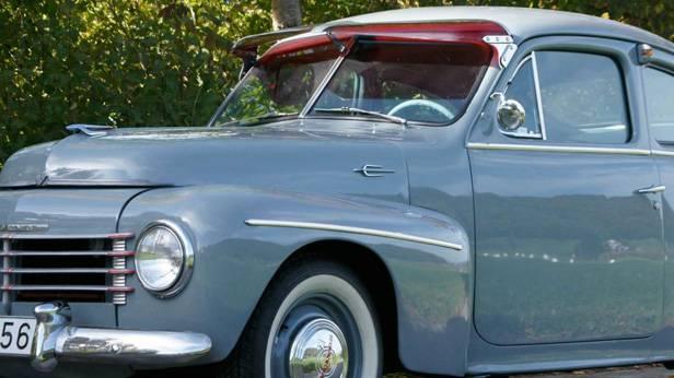 Der Volvo PV444 aus dem Jahr 1955, seitlich