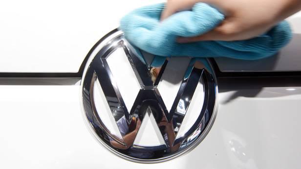 Das VW-Logo auf einem e-up