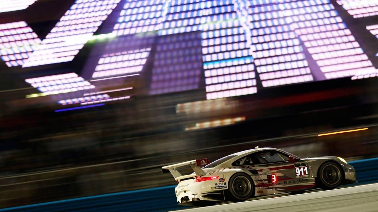 _24-h-Rennen-Daytona-porsche-911-seite