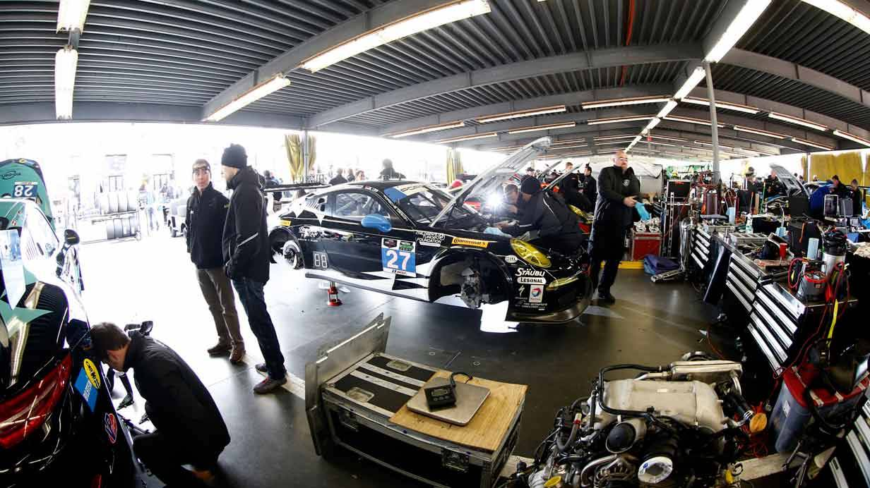 _24-h-Rennen-Daytona-werkstatt