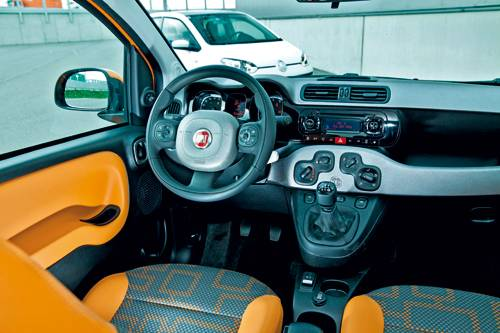 vergleich fiat panda natural power gegen vw eco up. Black Bedroom Furniture Sets. Home Design Ideas