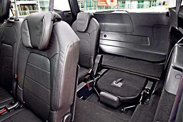 autorevue test citroen grand c4 picasso innenraum sitze. Black Bedroom Furniture Sets. Home Design Ideas