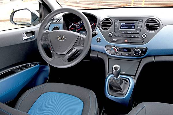 fahrbericht hyundai i10 premium 1 25 im test autorevue. Black Bedroom Furniture Sets. Home Design Ideas