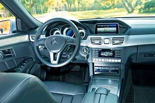 Mercedes-Benz E 400 T cockpit innenraum