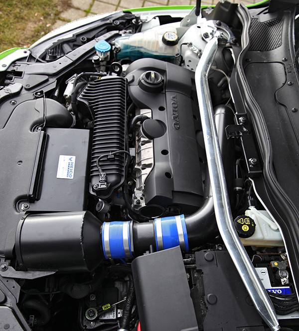 Volvo V40 T5 HPC Heico grün motor