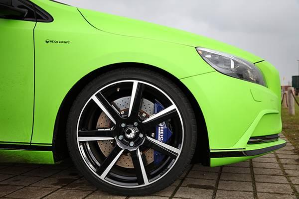 Volvo V40 T5 HPC Heico grün felge rad