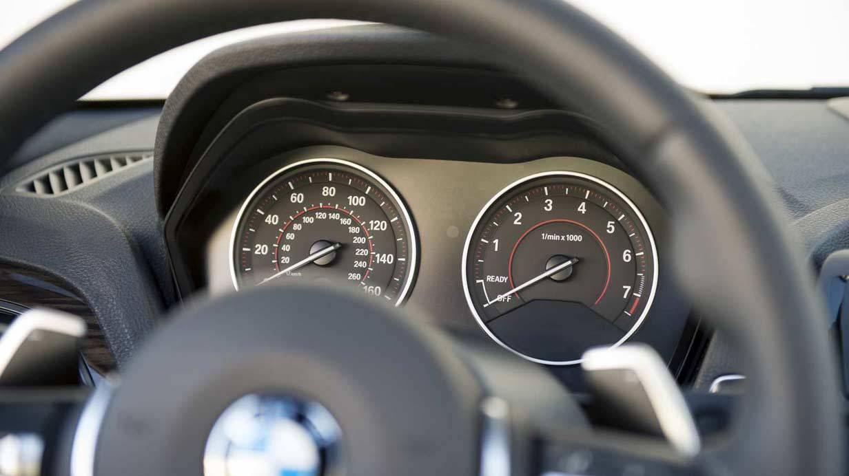 _BMW-M235i-lenkrad