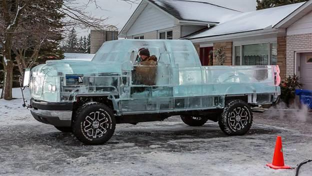 Chevrolet Silverado aus Eis Ice Truck Canadian Tire